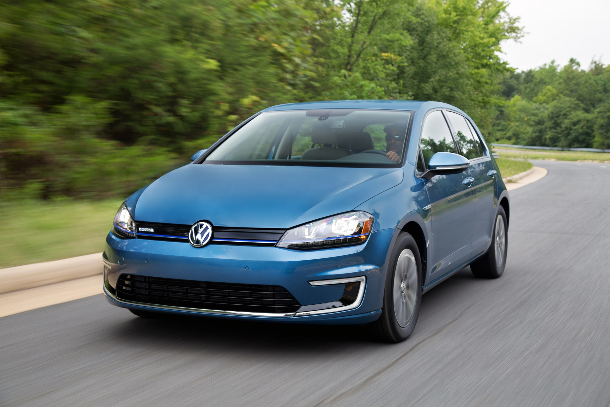 2015 Volkswagen E-golf #12