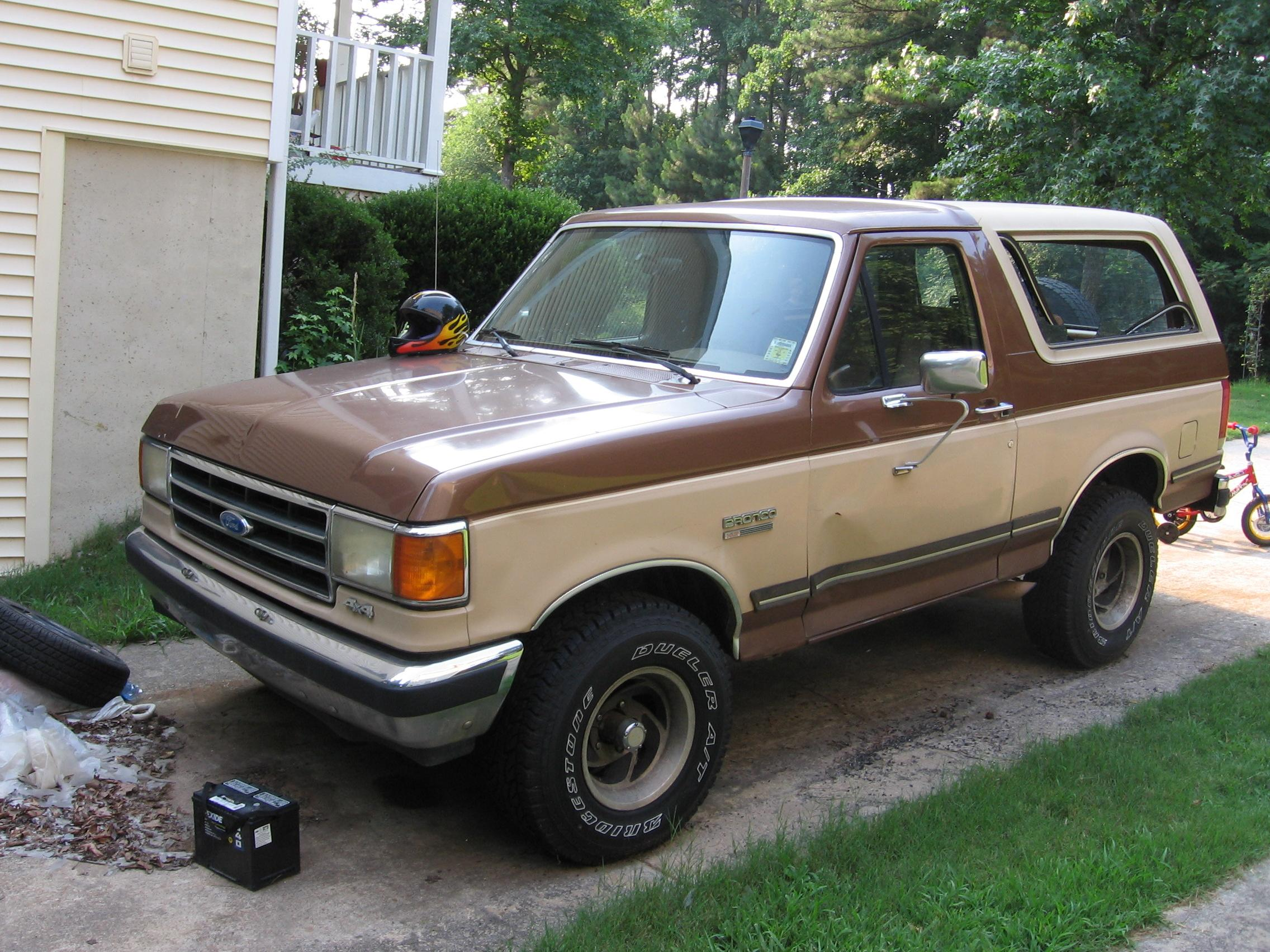 1990 Ford Bronco #10