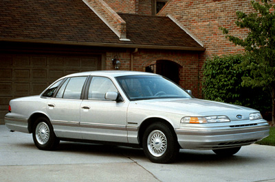 1992 Ford Crown Victoria #5