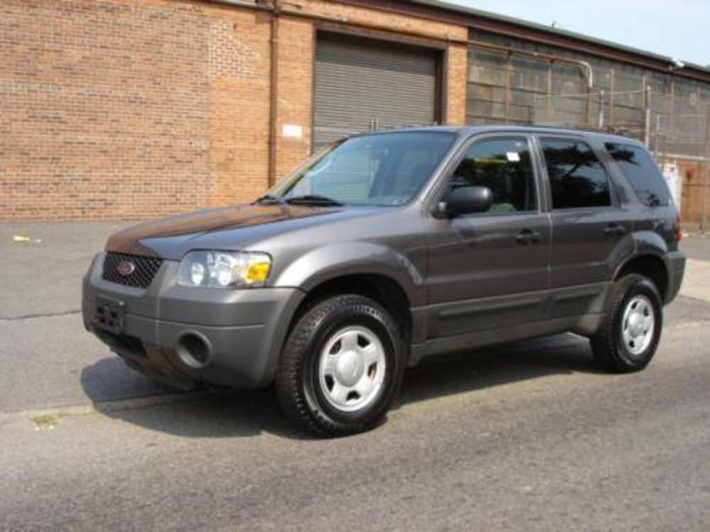 2004 Ford Escape #4