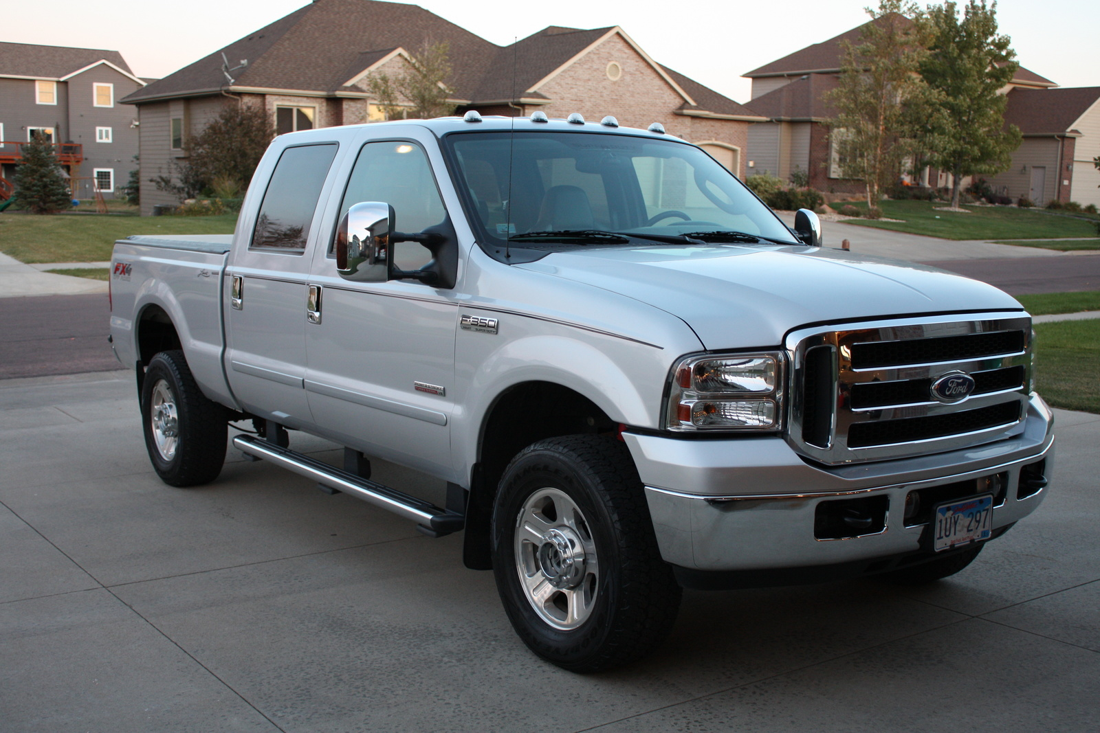 2005 Ford F-350 Super Duty #10