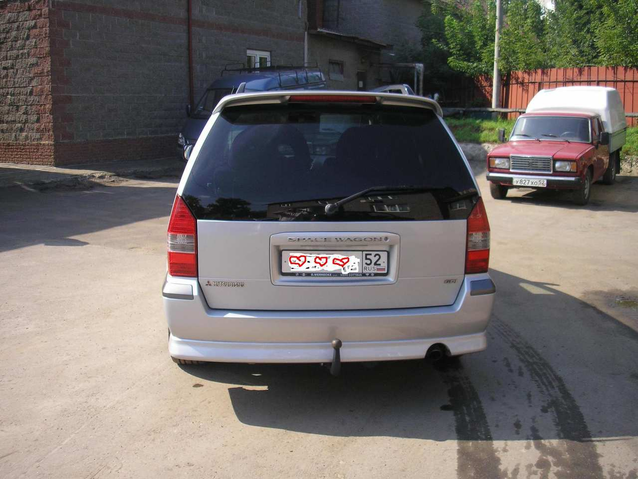 2002 Mitsubishi Space Wagon #5