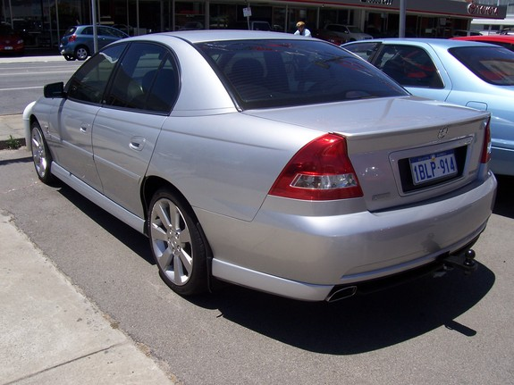 2004 Holden Berlina #3