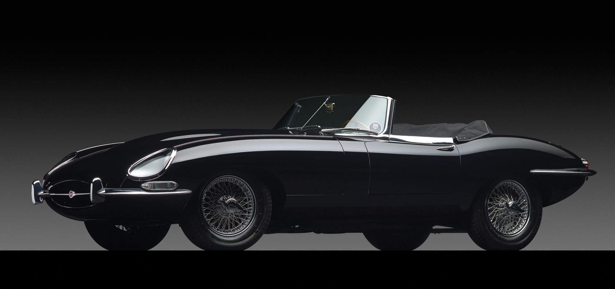 Jaguar E-Type #16