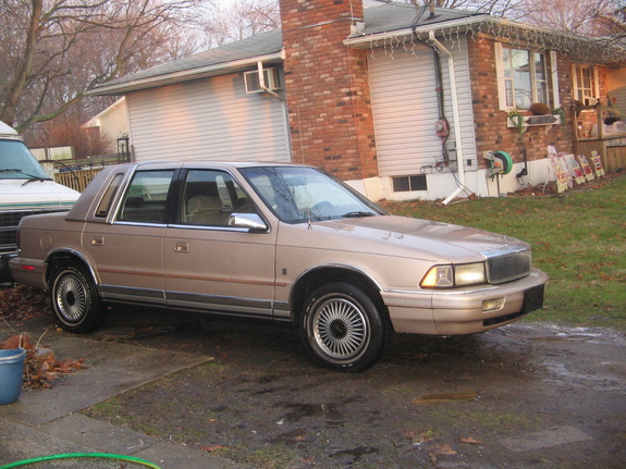 1990 Chrysler Le Baron #14