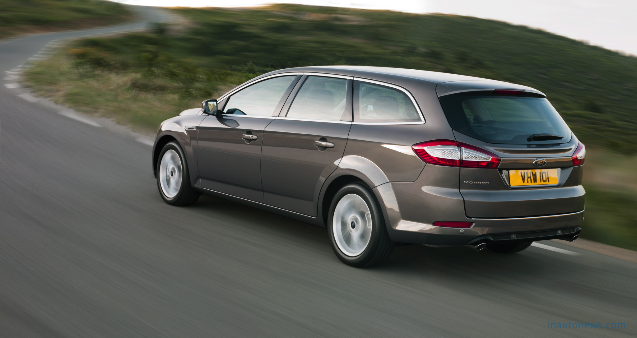2011 Ford Mondeo #8