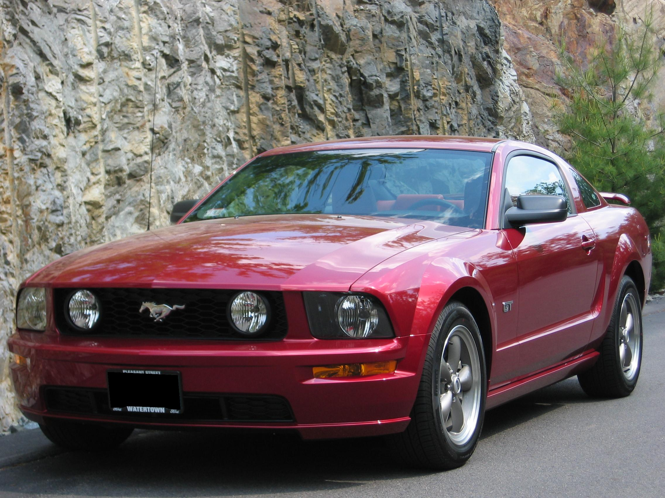 Awesome 2005 Ford Mustang #1