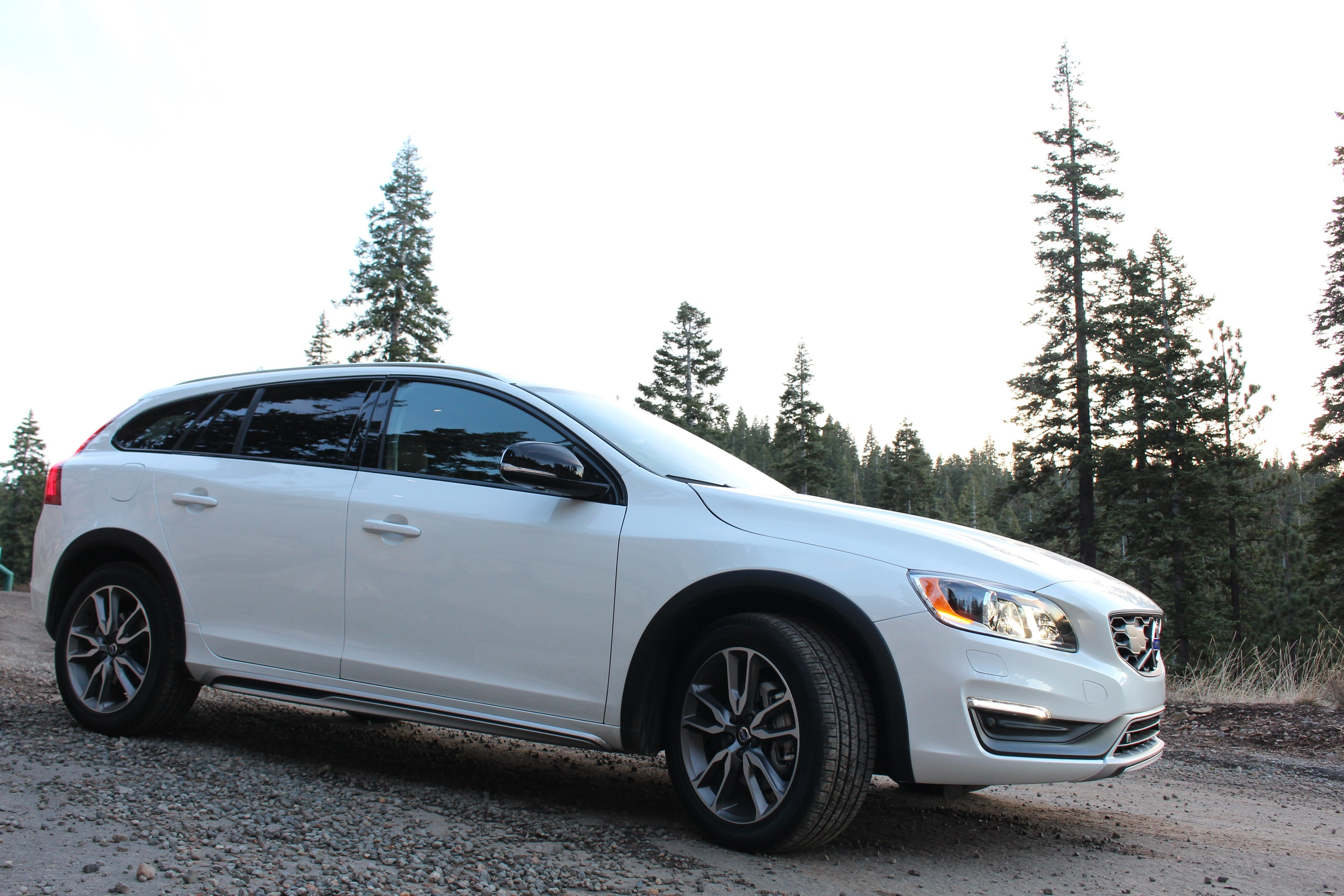 Volvo V60 Cross Country #17