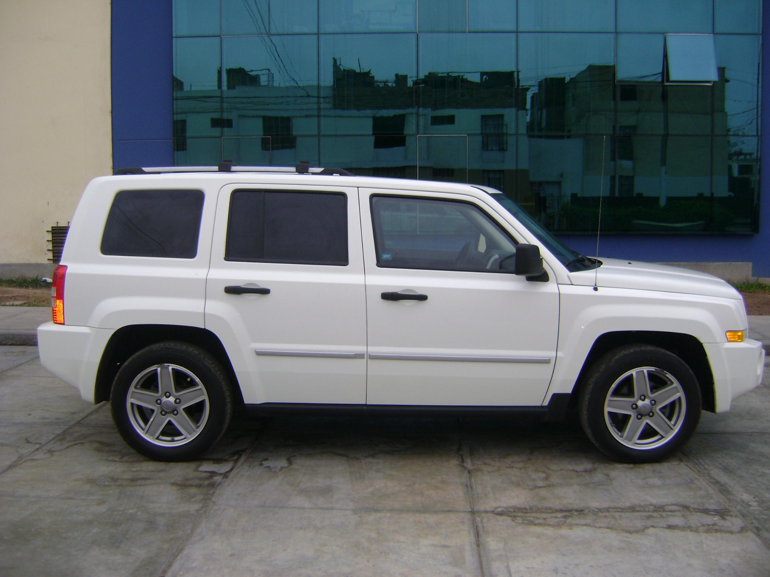 2008 jeep patriot photos informations articles. Black Bedroom Furniture Sets. Home Design Ideas