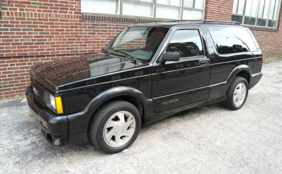 1992 GMC Typhoon #13