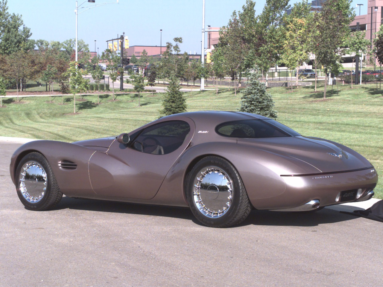 1995 Chrysler Atlantic #18