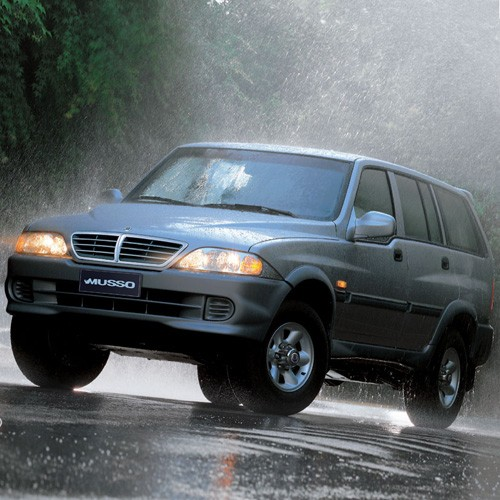 1995 Ssangyong Musso #3