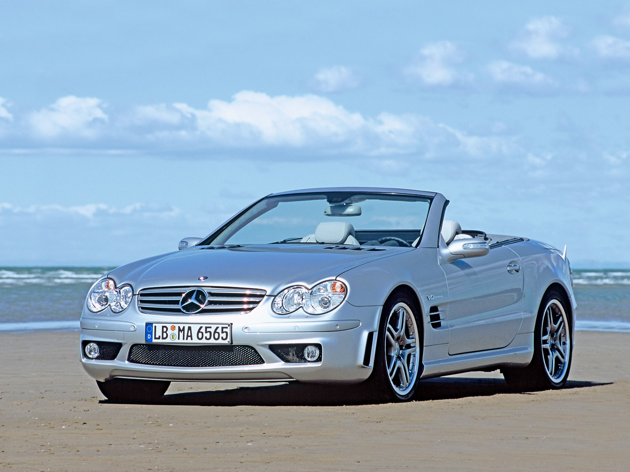 2004 Mercedes Benz SL #1