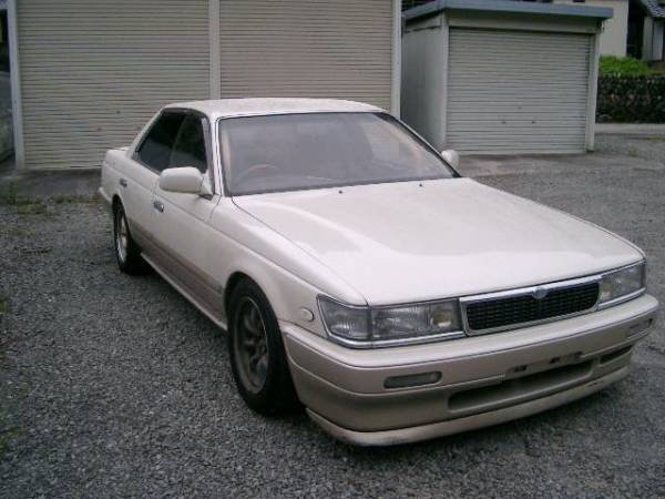 1992 Nissan Laurel #3