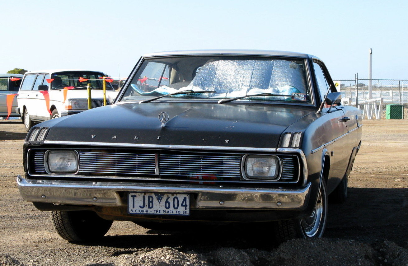 Chrysler Valiant #8