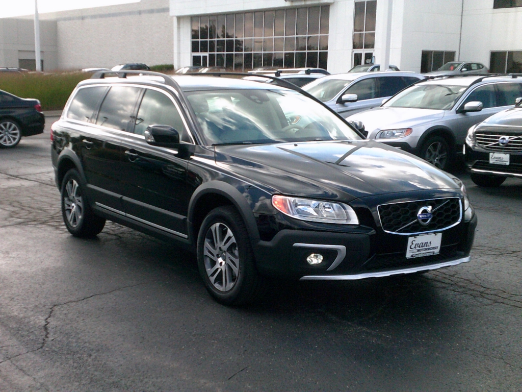 2015 volvo xc70 photos informations articles. Black Bedroom Furniture Sets. Home Design Ideas