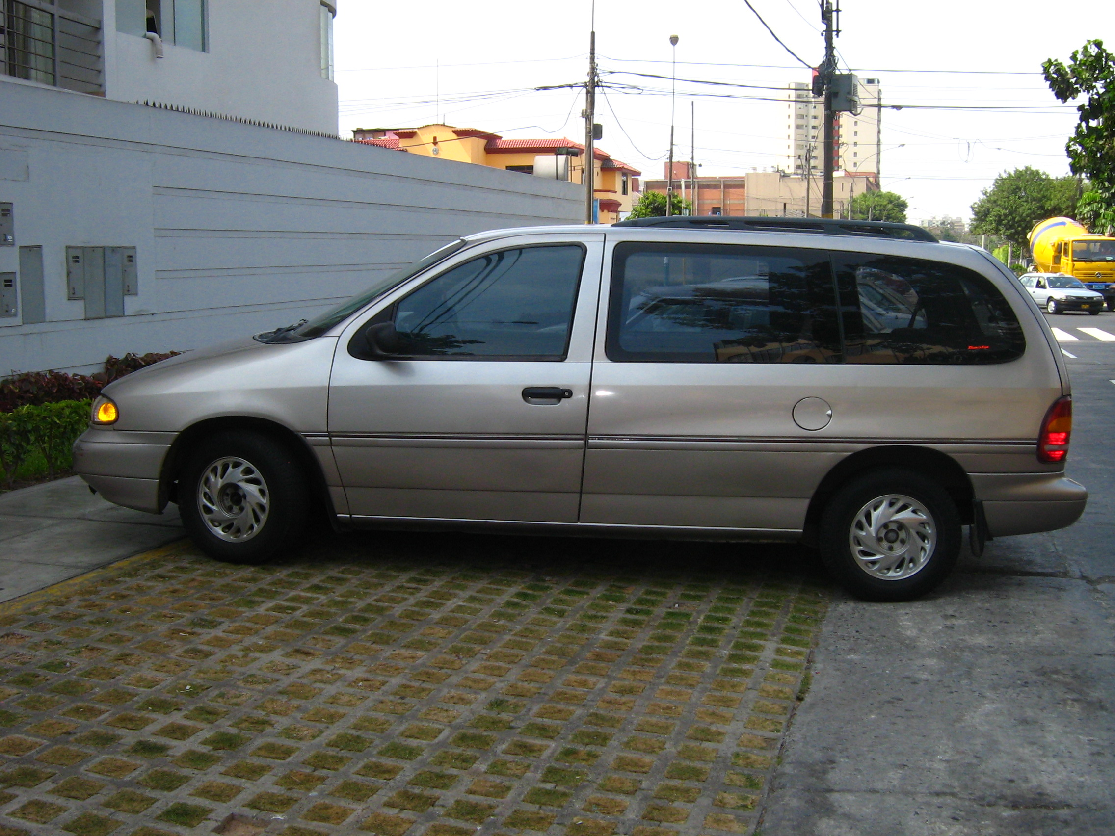1996 Ford Windstar #10