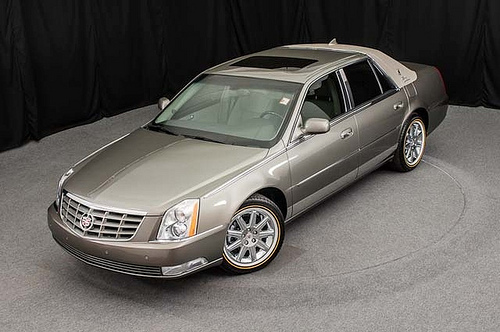 2011 Cadillac Dts Photos Informations Articles