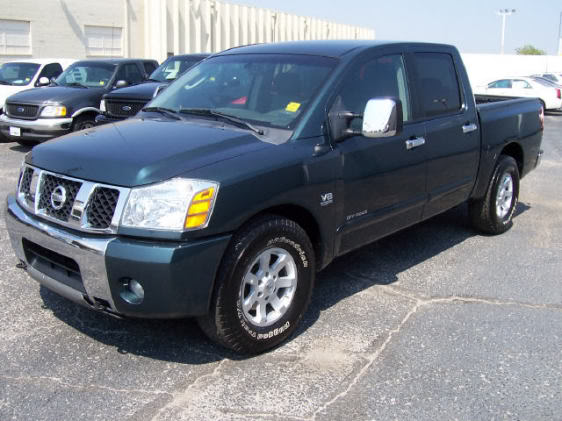 2004 nissan titan photos informations articles. Black Bedroom Furniture Sets. Home Design Ideas