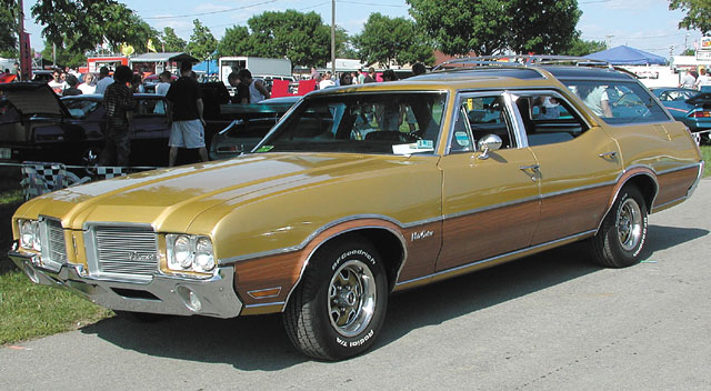1971 Oldsmobile Vista Cruiser #14
