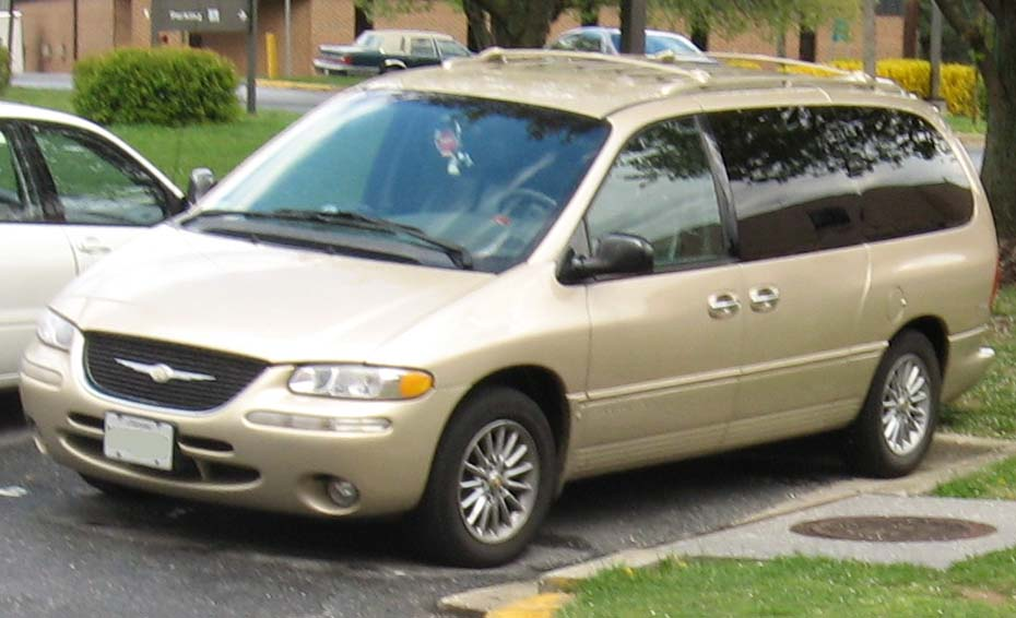 1998 Chrysler Town And Country #8