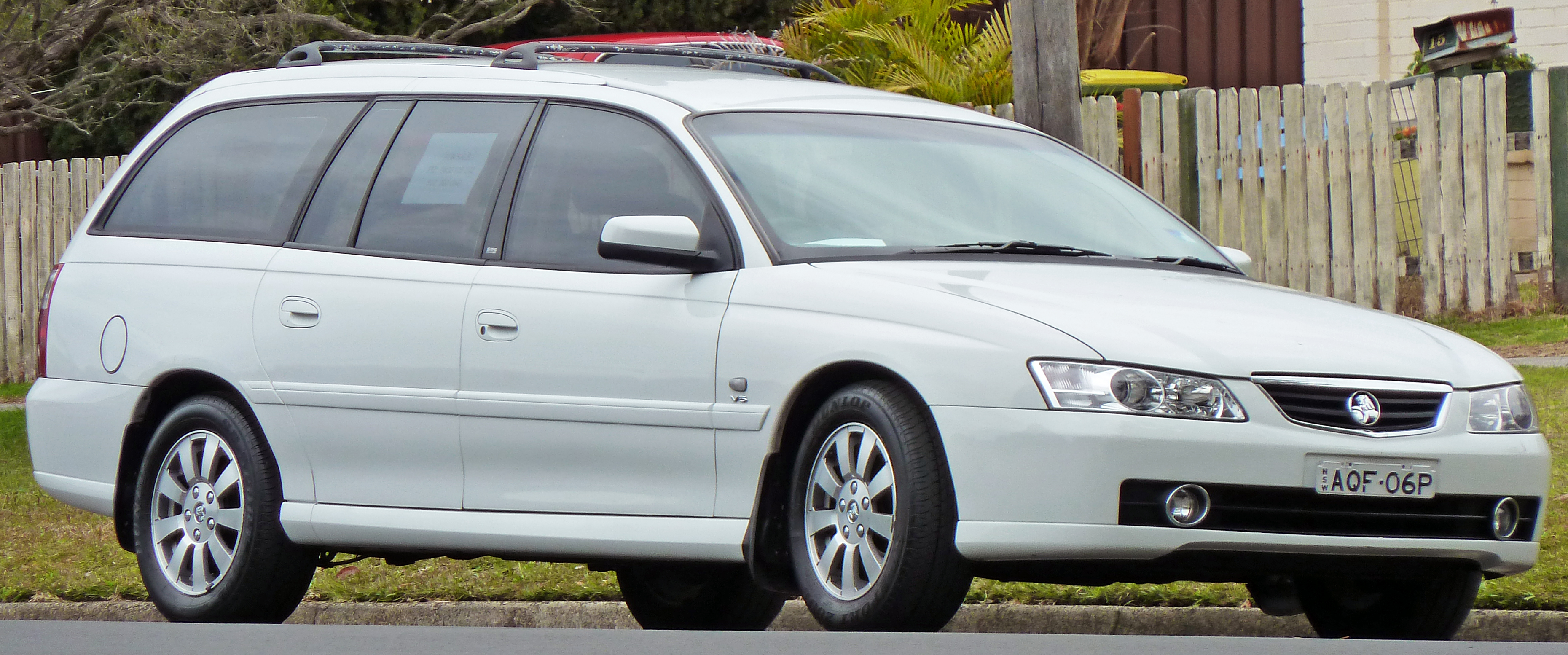 2004 Holden Berlina #13
