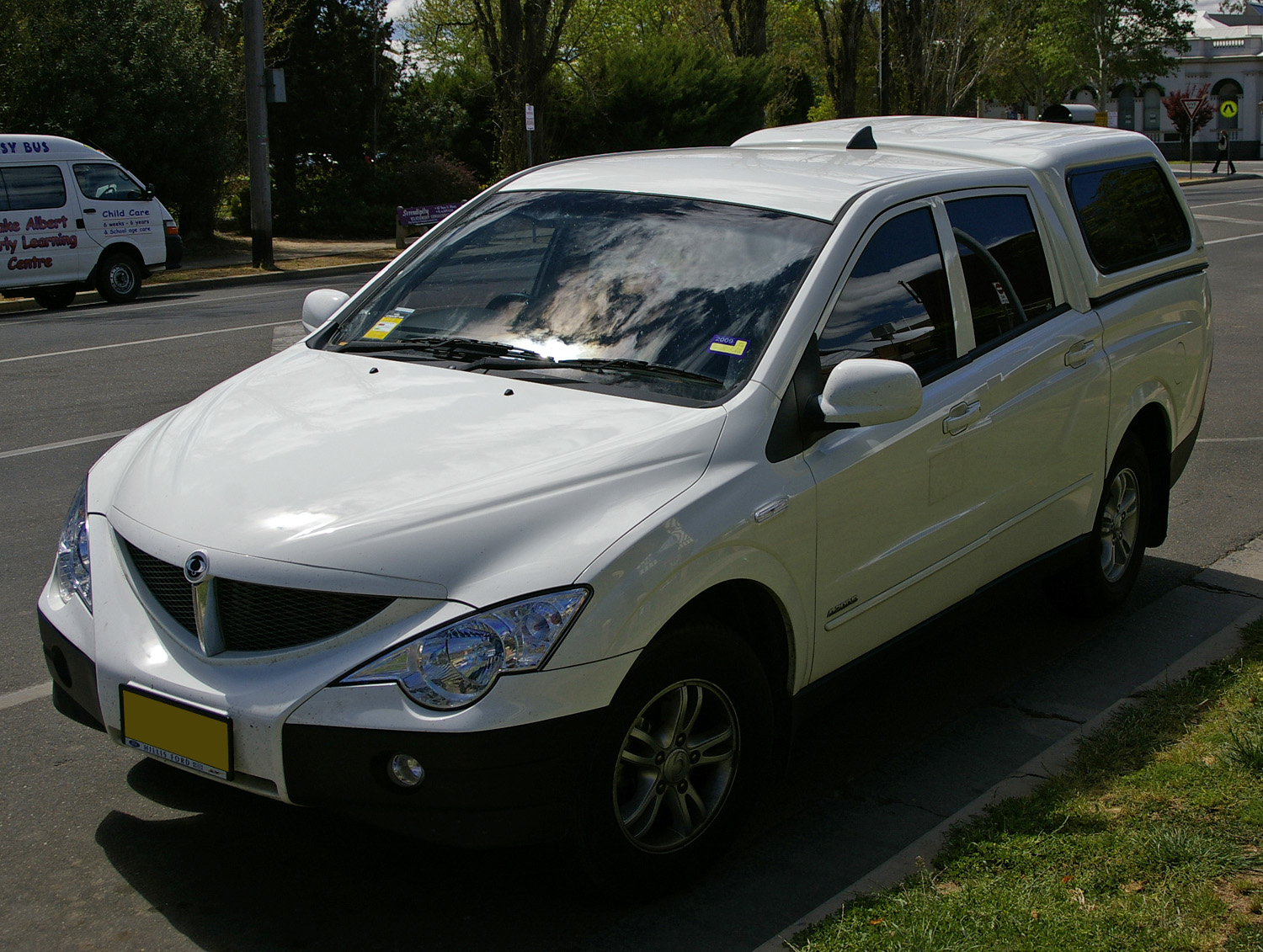 2008 Ssangyong Actyon #12