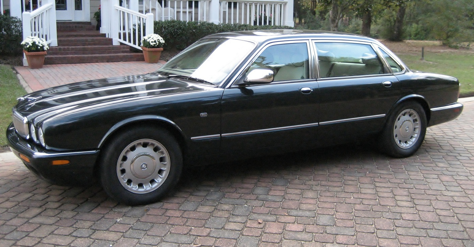 1998 Jaguar Xj-series #2
