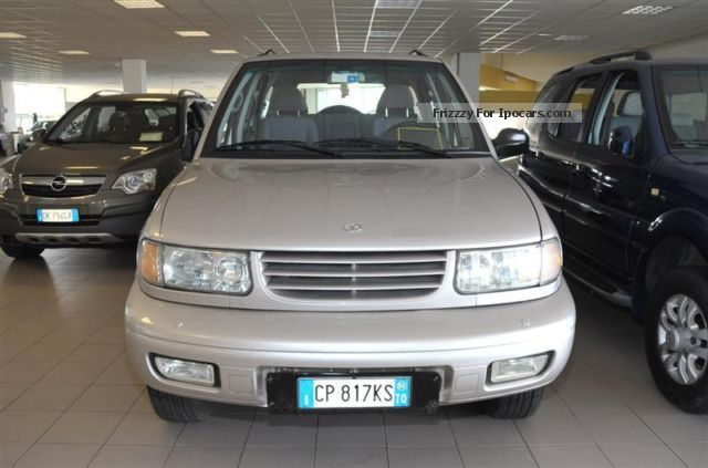 2004 Tata Safari #15