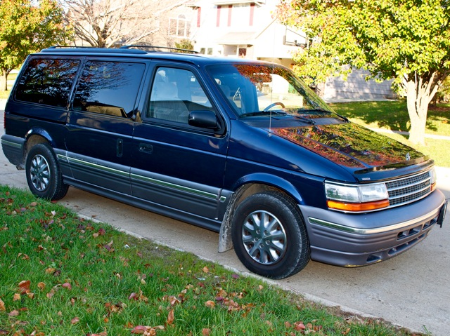1994 Plymouth Grand Voyager #6
