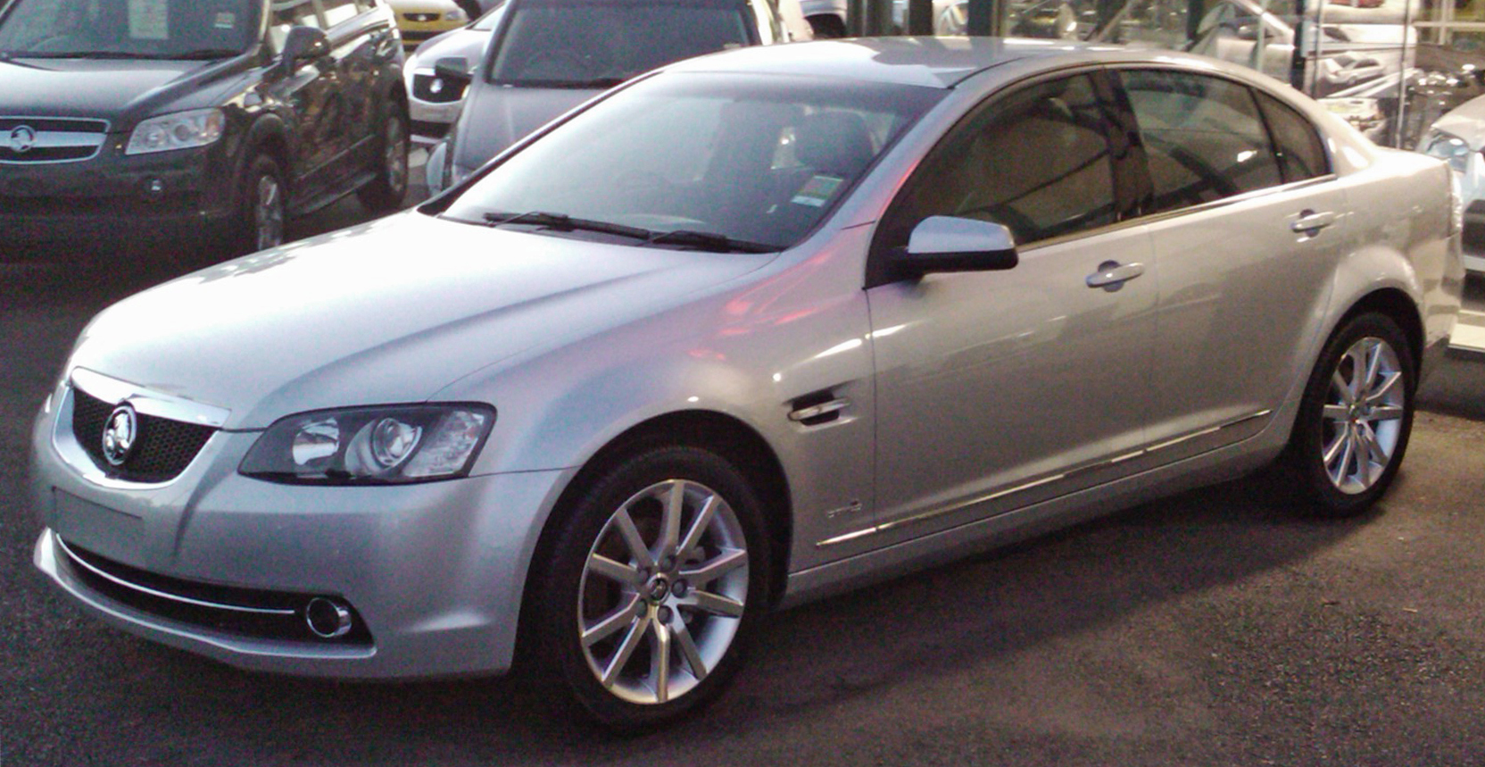 2011 Holden Calais Photos Informations Articles