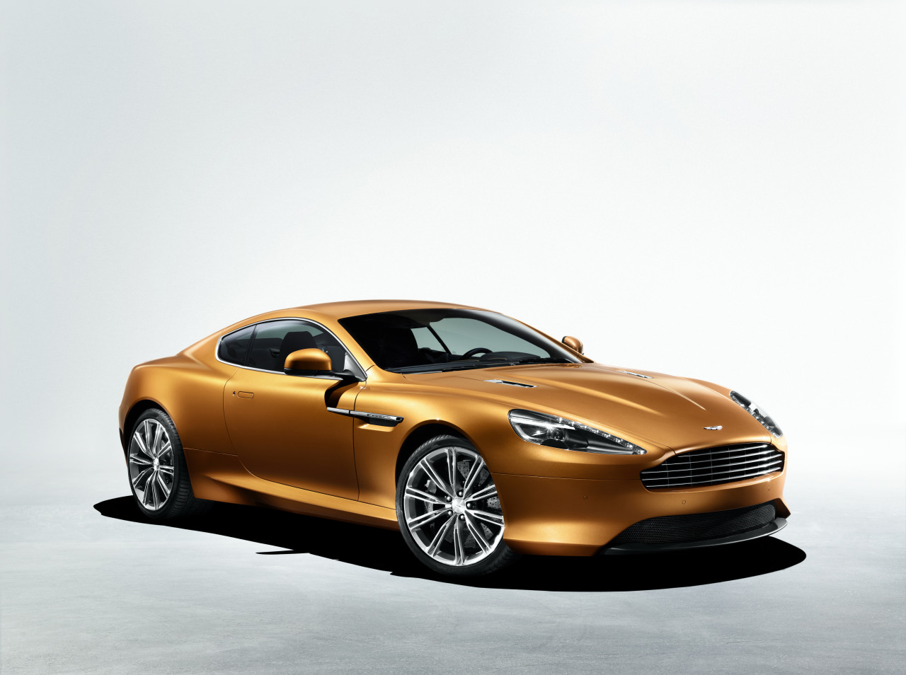 2012 Aston Martin Virage #6