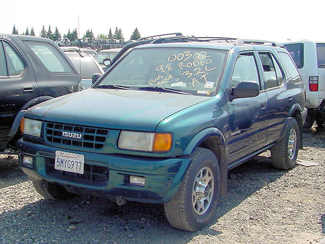 1998 isuzu rodeo photos informations articles. Black Bedroom Furniture Sets. Home Design Ideas