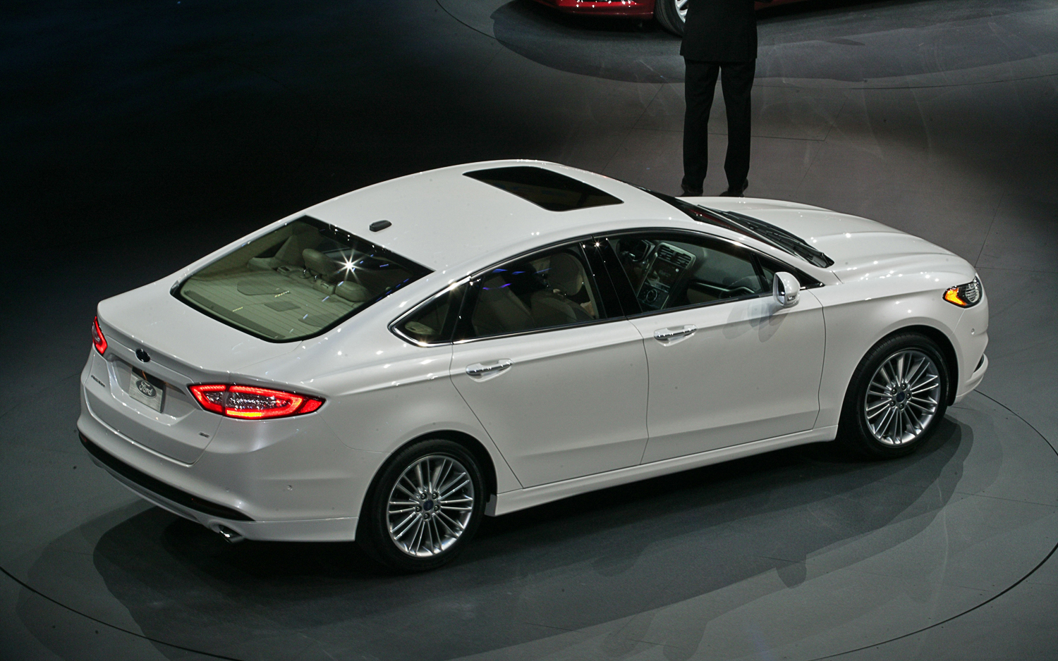 2013 Ford Fusion #11