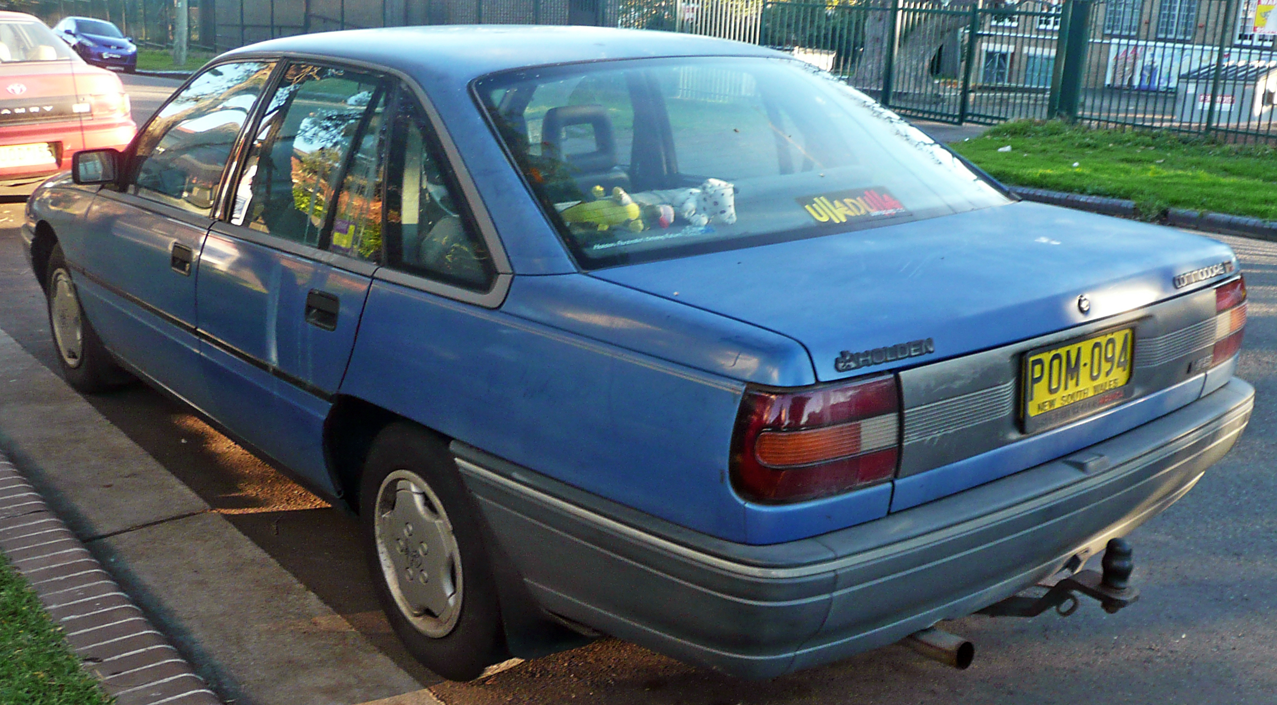 1990 Holden Commodore #7