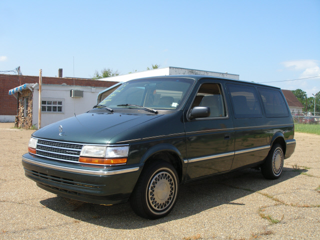 1993 Plymouth Grand Voyager #3