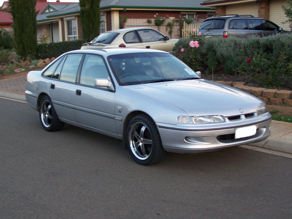 1995 Holden Commodore #15