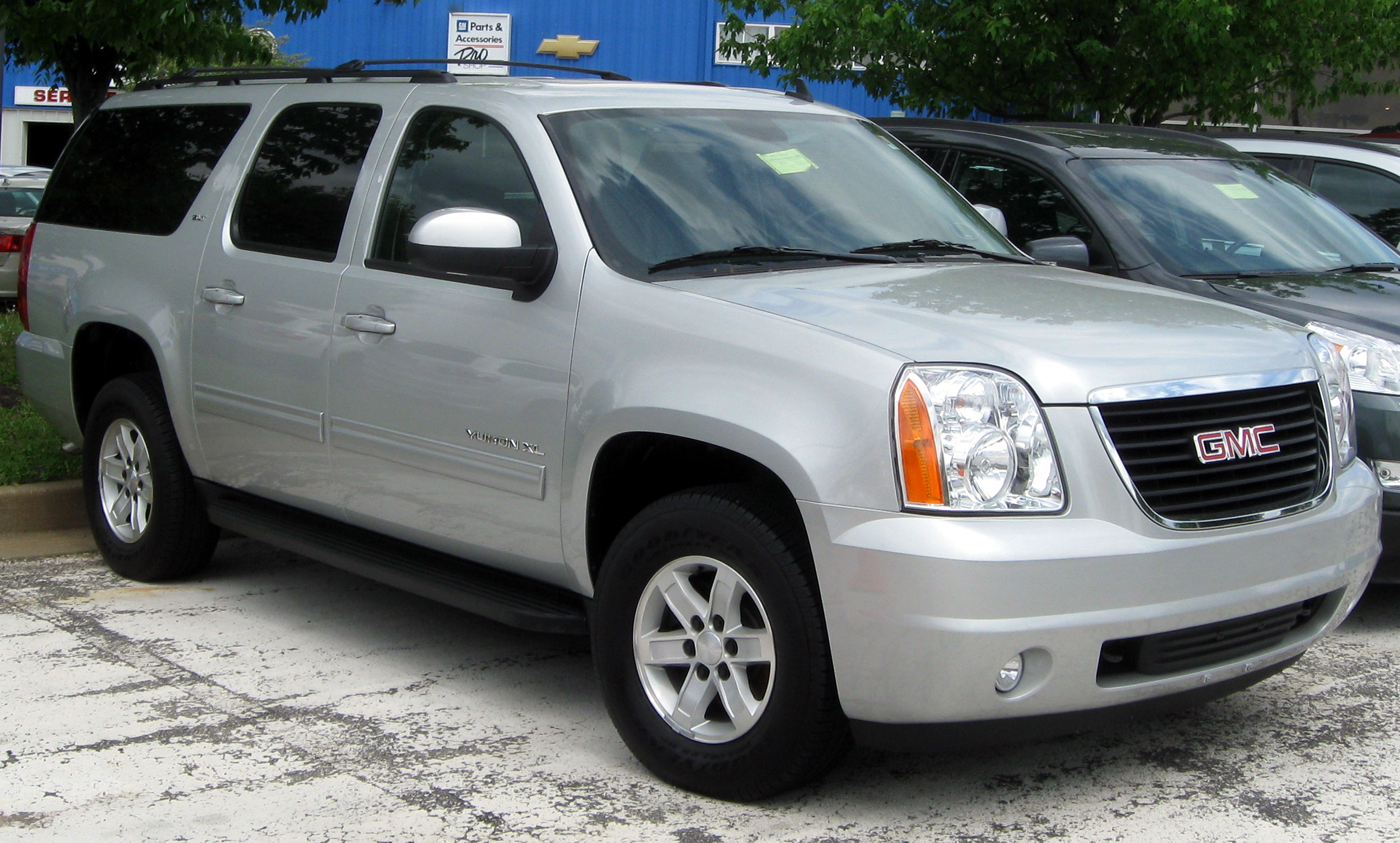 2006 gmc yukon xl photos informations articles bestcarmag 2006 gmc yukon xl 14 sciox Choice Image