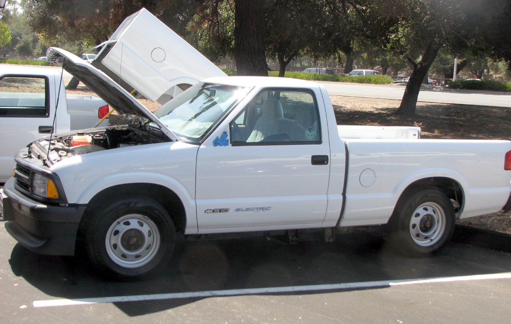 1998 Chevrolet S 10 Photos Informations Articles Geo Tracker Wiring Diagram Free Download