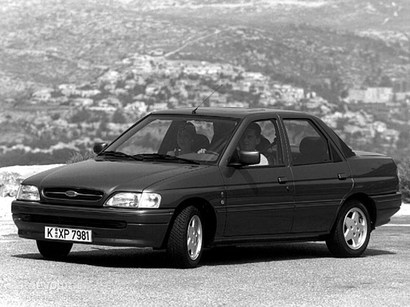1993 Ford Orion #15