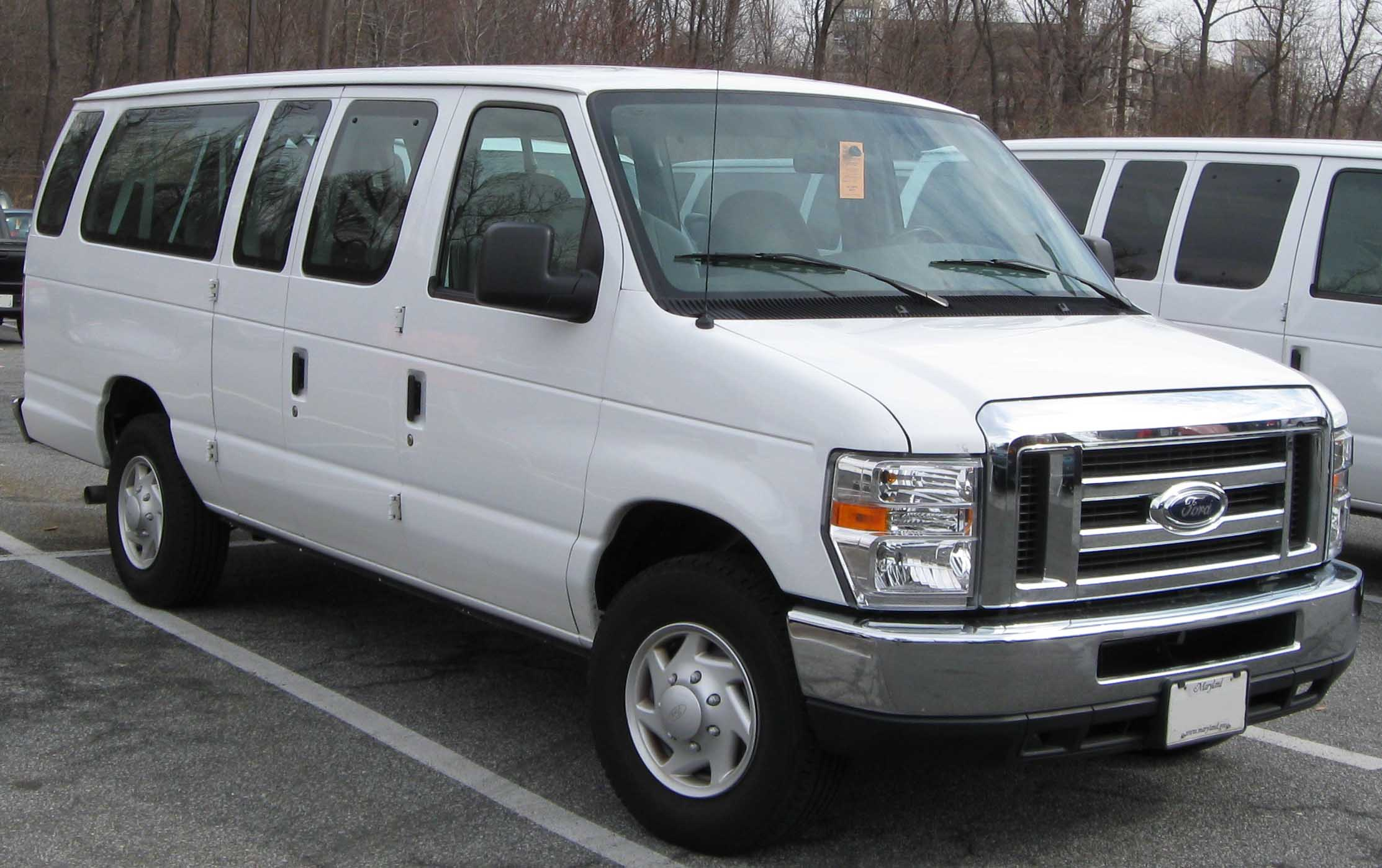Ford E-series Van #7