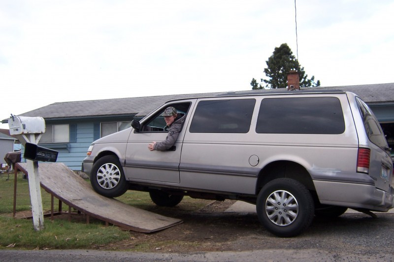 1994 Plymouth Grand Voyager #18