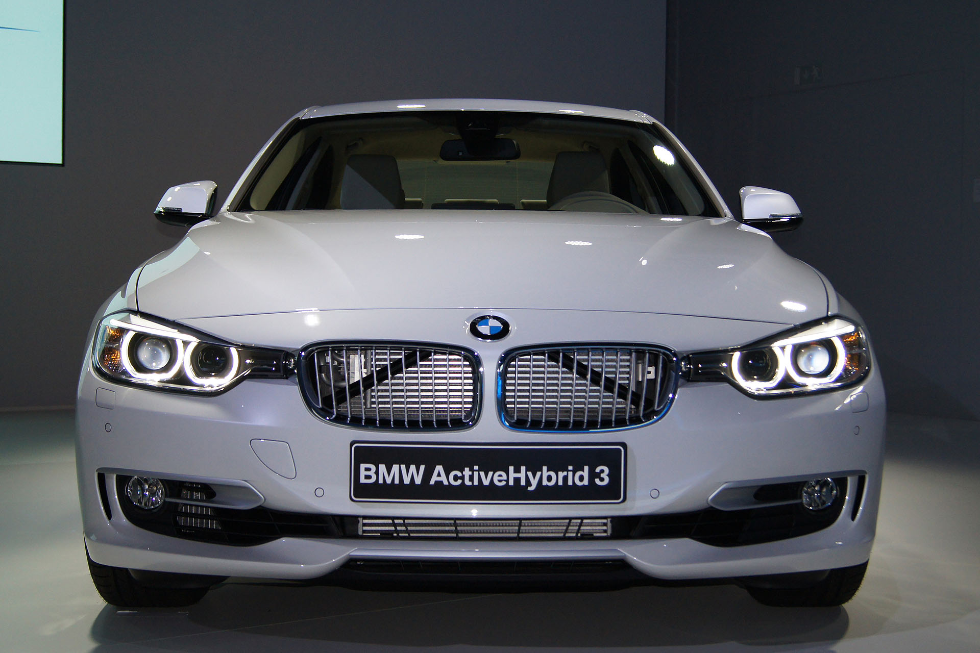 BMW ActiveHybrid 3 #9