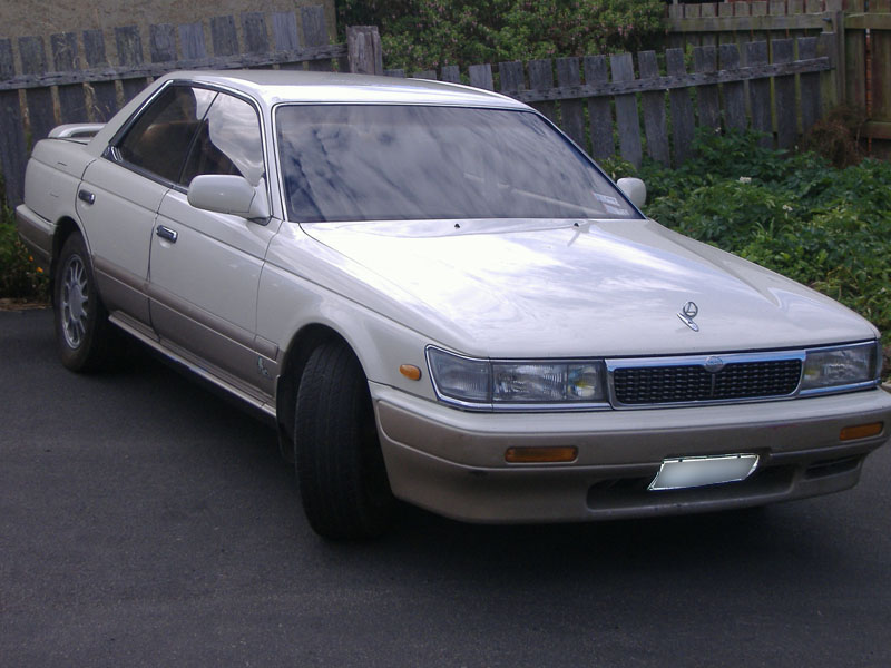 1990 Nissan Laurel #3