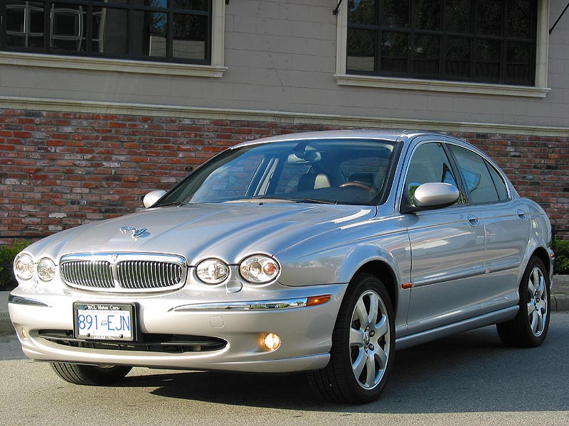 2005 Jaguar X-type #13