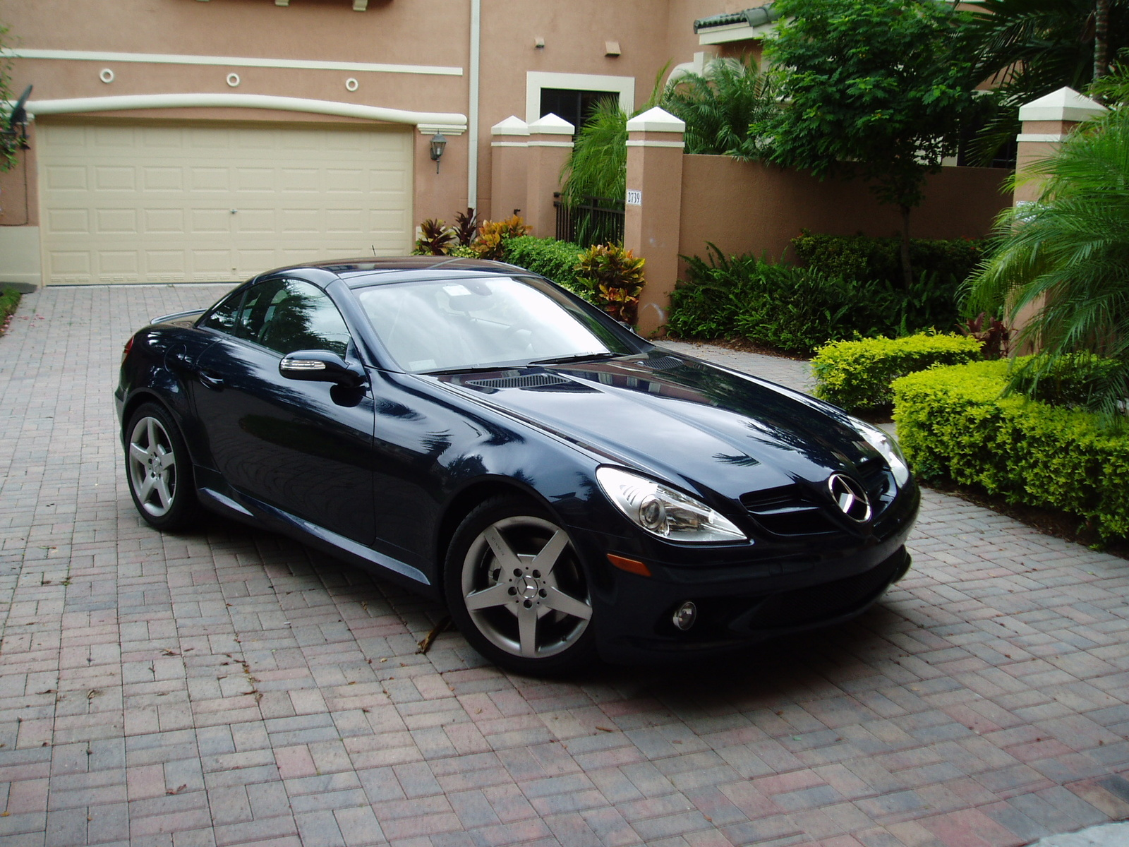 2006 mercedes benz slk class photos informations