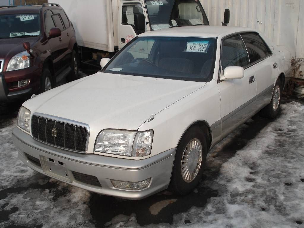 1998 Toyota Crown #9