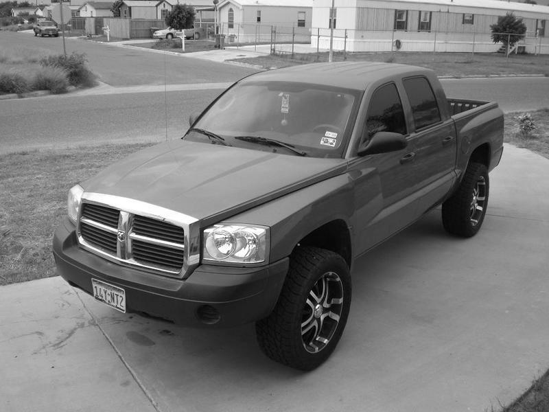 2005 Dodge Dakota #10
