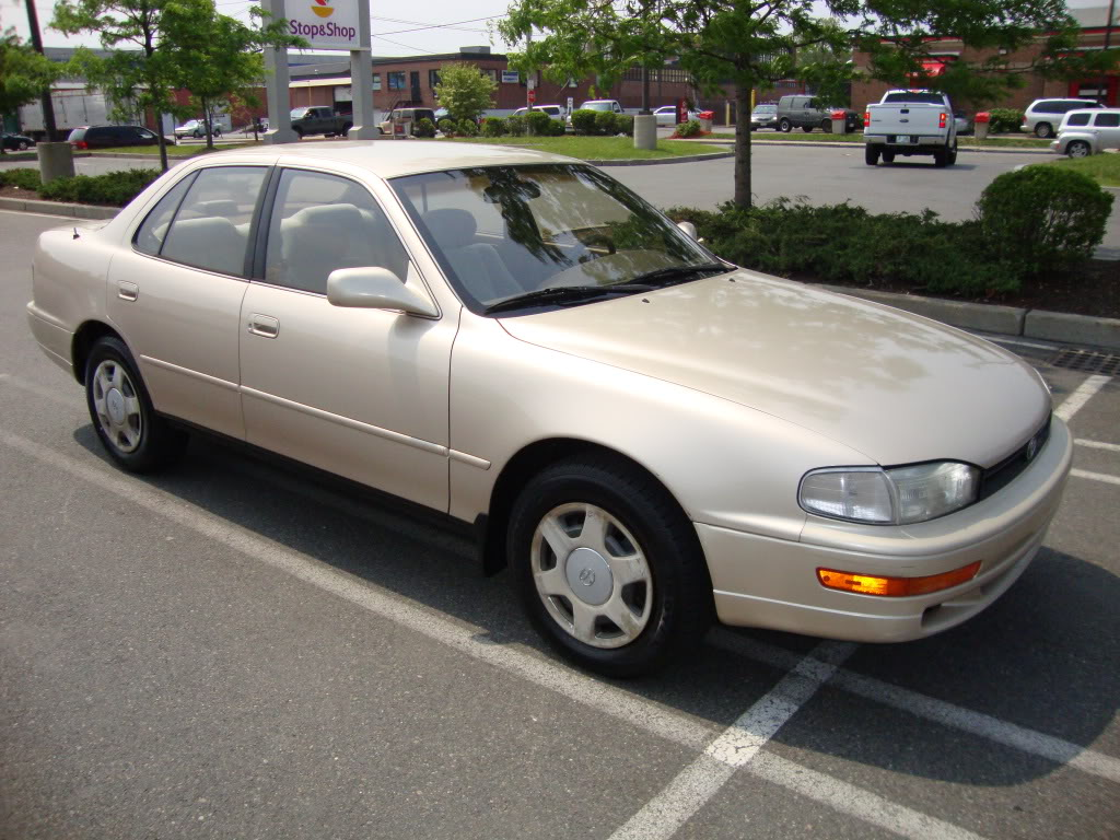 1993 Toyota Camry Photos, Informations, Articles - BestCarMag.com