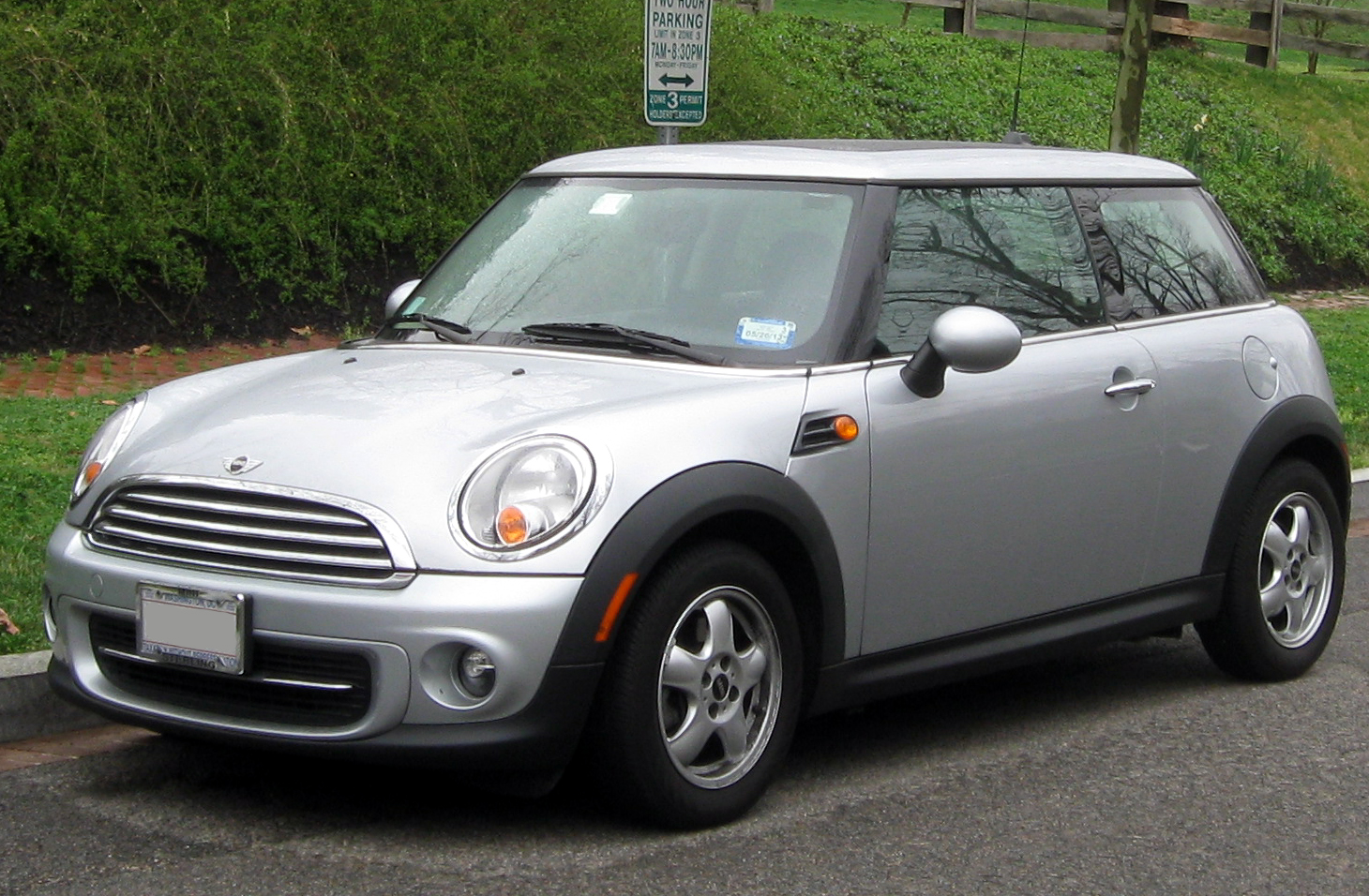 2011 mini cooper photos informations articles. Black Bedroom Furniture Sets. Home Design Ideas